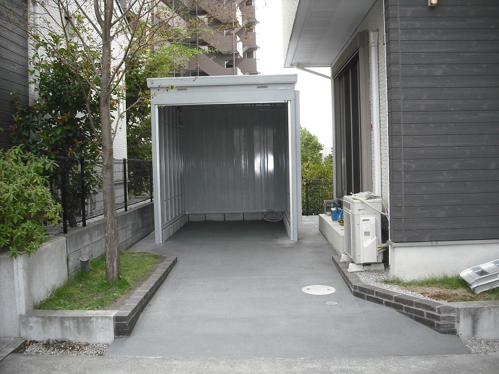 大型オートバイ車庫