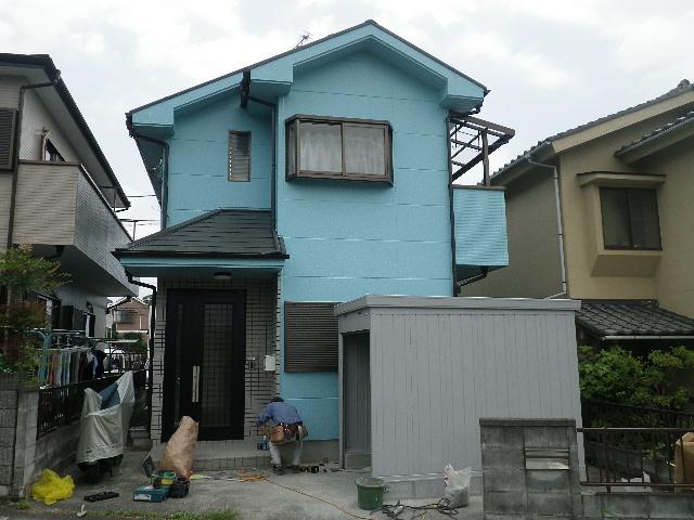 あきる野市伊奈 外壁塗装とオートバイ用車庫の工事