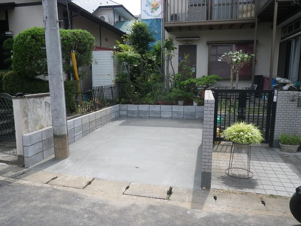 お庭を駐車場にする工事例と工事費用のご紹介。